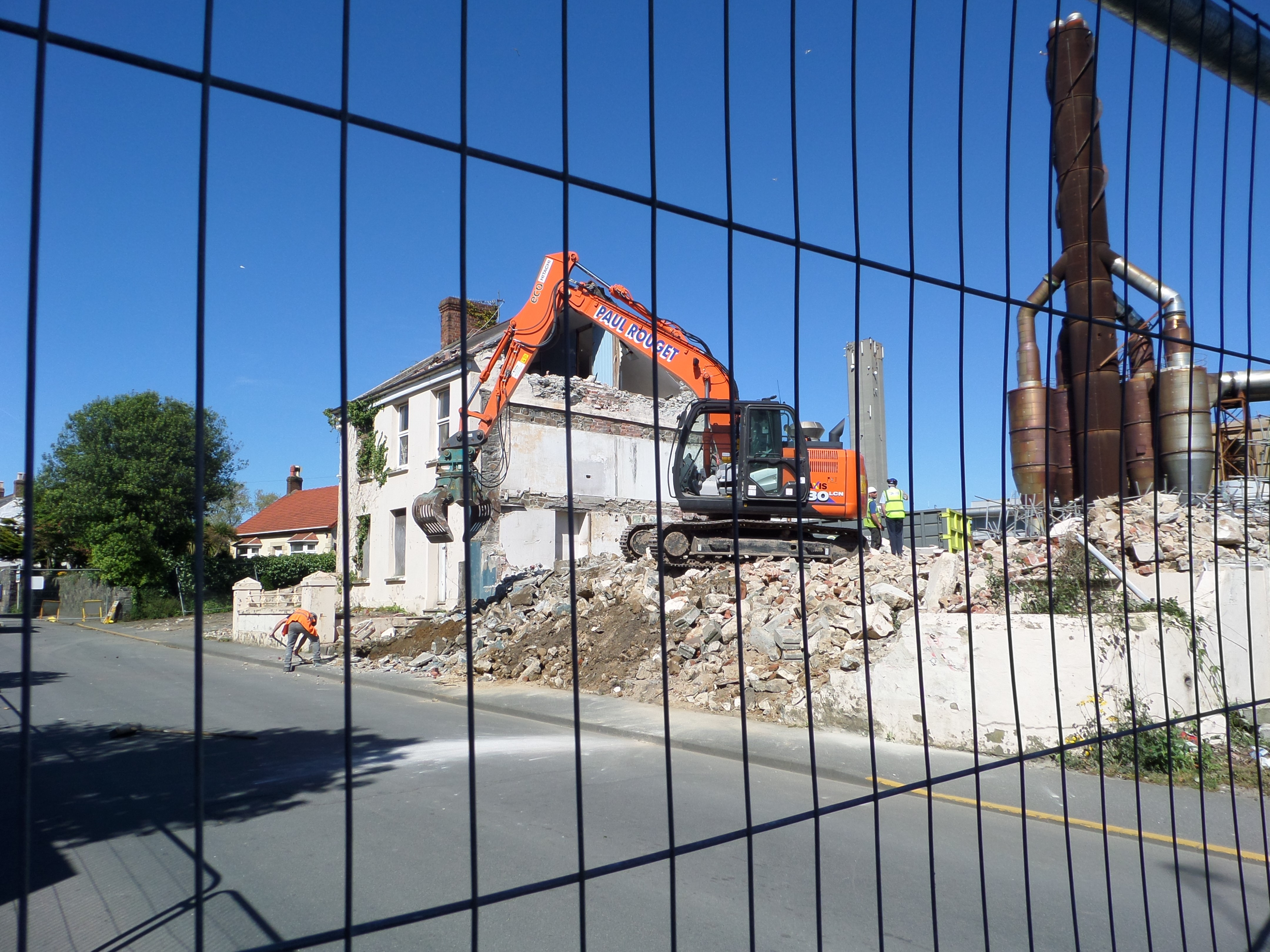 Vale Avenue properties demolished